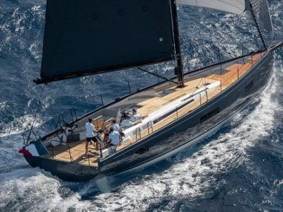 First Yacht 53, kráska se sportovní duší