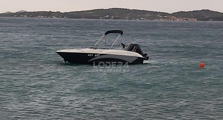 Motorový člun: BAYLINER E5.