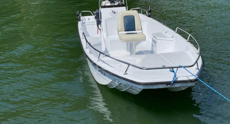 Sportyacht 500 XL bass boat