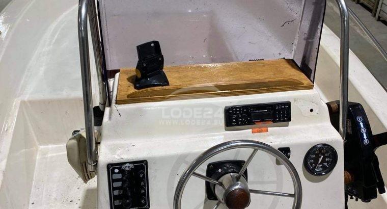 Čln Fisherman 500