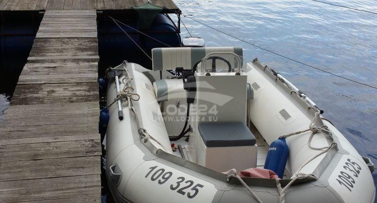 Prodám nafukovací člun