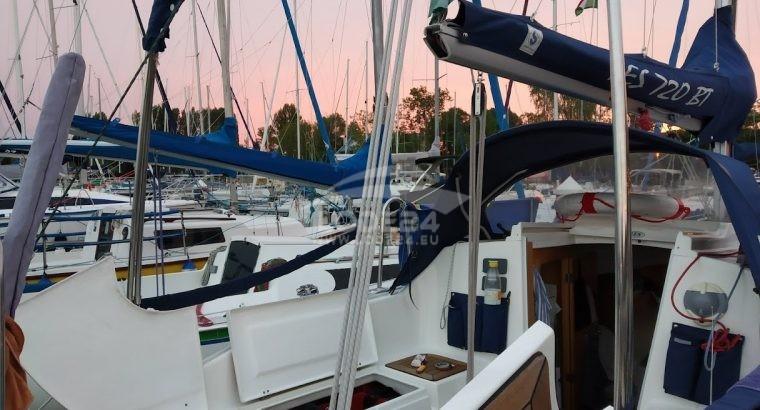 Tes-yacht 720 BT